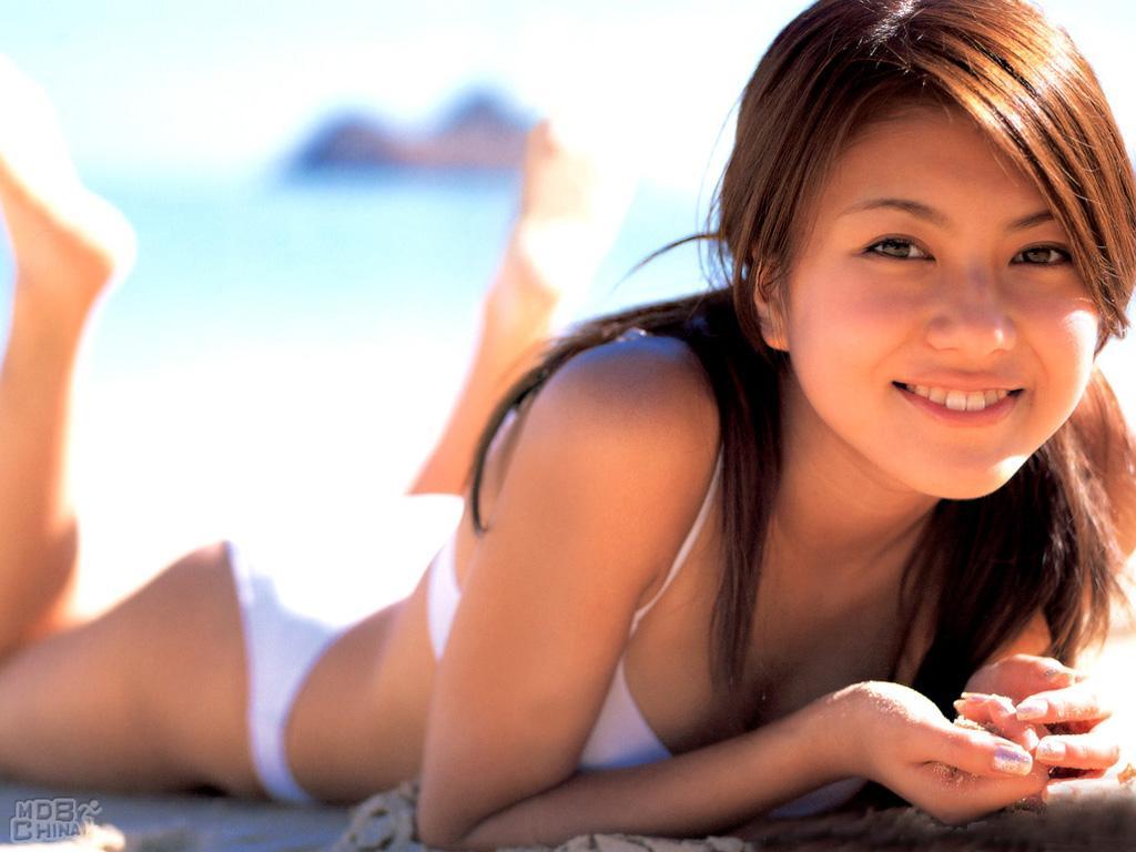 http://image.tpwang.com/image/%E9%85%92/artist-%E9%85%92%E4%BA%95%E5%BD%A9%E5%90%8D/%E9%85%92%E4%BA%95%E5%BD%A9%E5%90%8D67246.jpg
